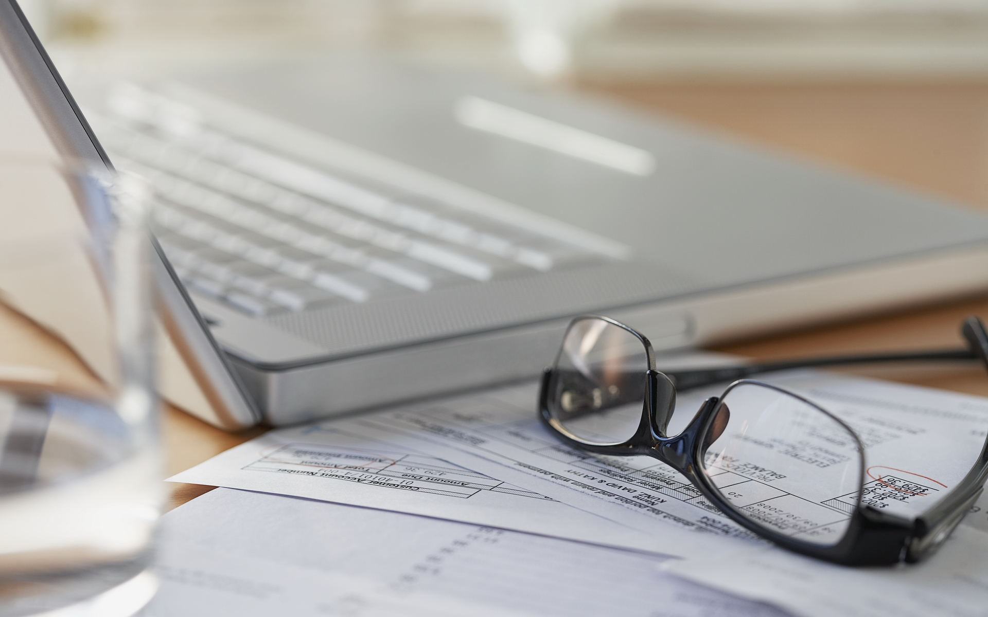 """Kvalifikācijas celšanas kurss grāmatvežiem Liepājā – """"Grāmatvedības kārtošana 2019. gadā saskaņā ar Gada pārskatu un konsolidēto gada pārskatu likumu un MK noteikumiem, kas to skaidro, UIN deklarēšana saskaņā ar Uzņēmuma ienākuma nodokļa likumu."""" (30 māc.st.)"""